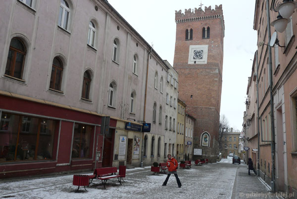 Ząbkowicka krzywa wieża (d. gotycka strażnica).