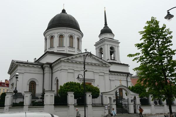 Cerkiew katedralna Św. Mikołaja (XIX, klasycyst.).