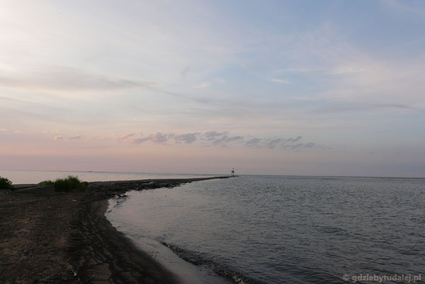 Tu właśnie Wisła wpada do morza