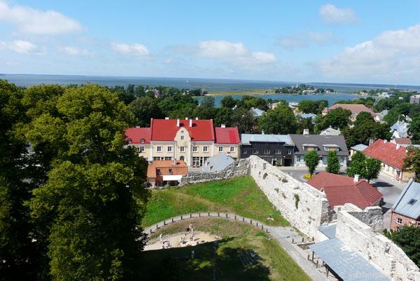 Widok na Haaplasu z wieży Białej Damy.