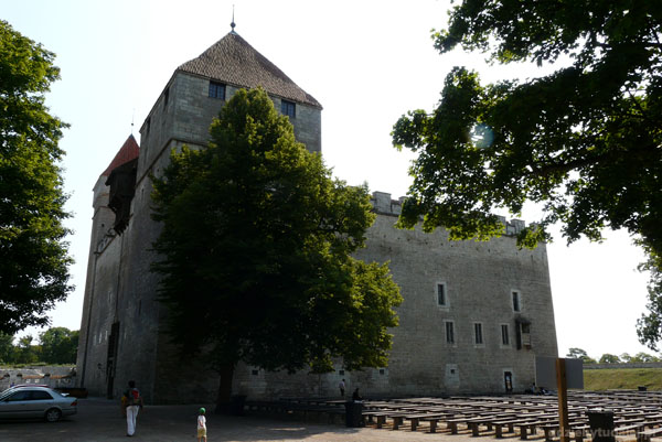 Zamek biskupi (XIV) w Kuressaare.