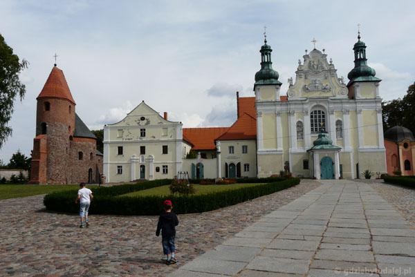 Strzelno - dwa romańskie kościoły obok siebie!!!.