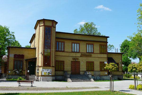 Dom ludowy (30. XX).