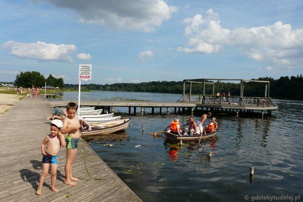 Kąpiel w jeziorze Viljandi.