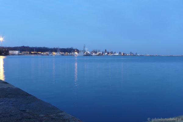 Widok na Port Wojenny Oksywie.