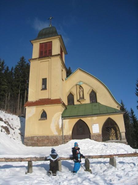 Kościół Św. Józefa (pocz. XX) w Svobodzie nad Upou.