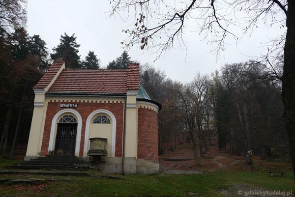 Kaplica Płaczących Niewiast (XVIII).