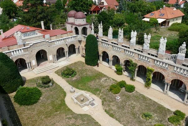 Zamek Bory-var z góry.