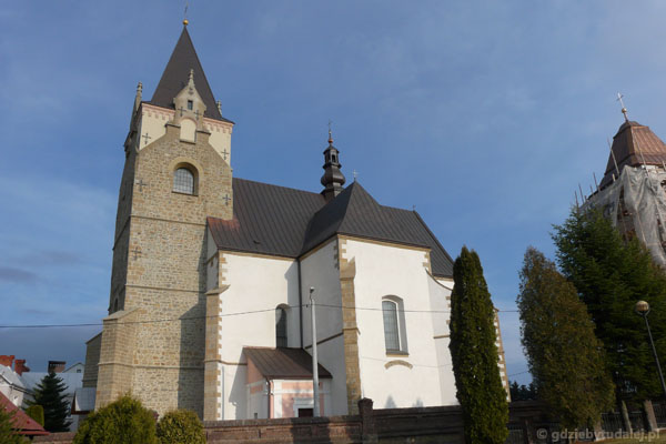 Późnogotycki kościół parafialny.