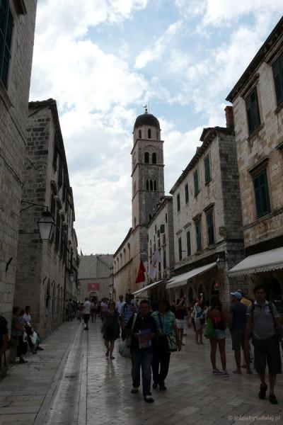 Ulica Placa - glówna oś miasta.