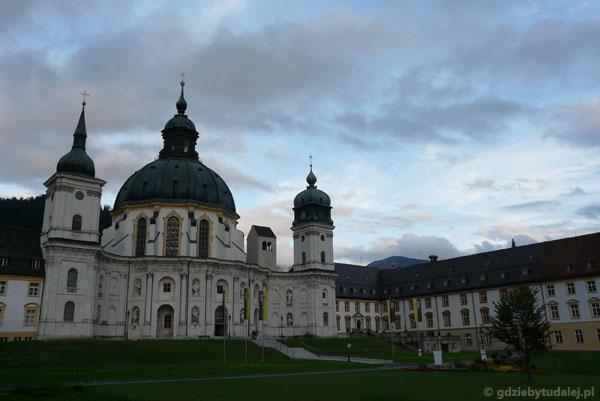 Barokowe opactwo benedyktynów w Ettal.