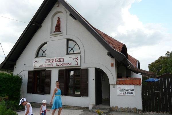 Urocze muzeum marcepanu w Keszthely.