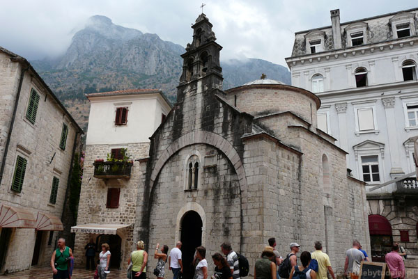 XII-wieczna cerkiew Św. Łukasza, Kotor.
