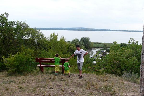 Balaton i nasz kemping z góry.