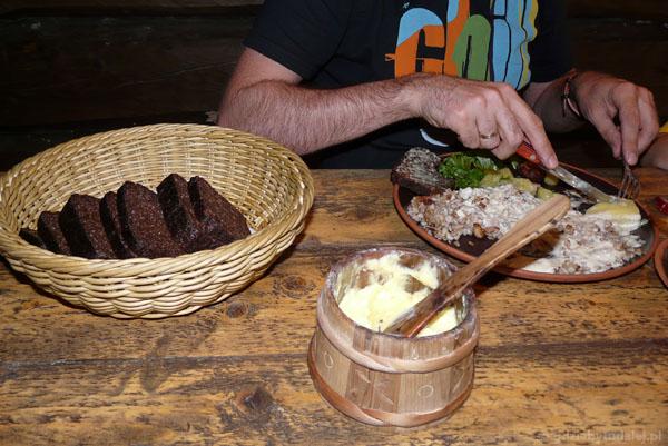 Domowe masło i tradycyjne estońskie danie - mniam!.