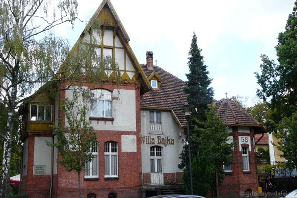 Inowrocław - zabudowa willowa w okolicy Parku Solankowego.