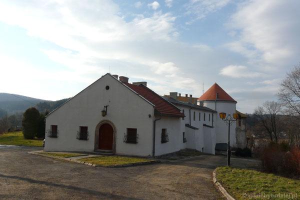 Zamek Kmitów (XVI).