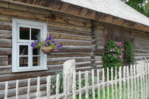 Dawne rybackie domy w Altja.