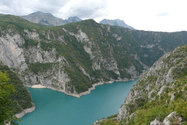 Pivsko Jezero.