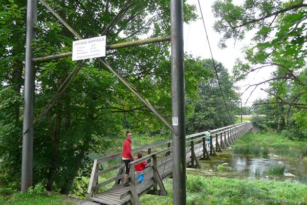 Najdłuższy wiszący most w Estonii - Joesuu.