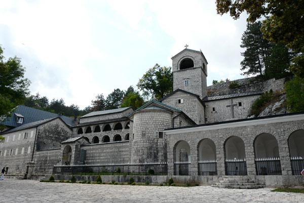 Monaster centijski, była siedziba władyków.