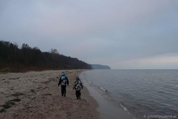 Plażą z Sopotu do Gdyni.