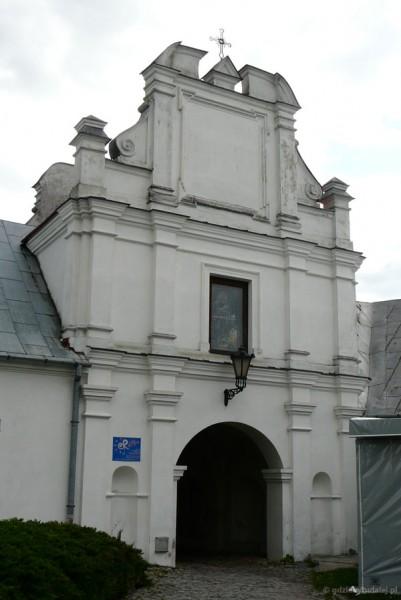 Brama Uściługska (pocz. XVII w.) - najstarsza zachowana budowla w Chełmie.