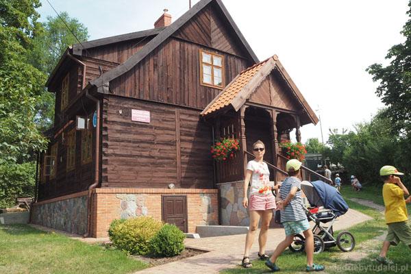 Siedziba Mazurskiego Parku Krajobrazowego w Krutyni.