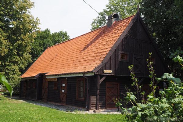 Siedziba Muzeum Przyrodniczego Mazurskiego Parku Krajobrazowego.