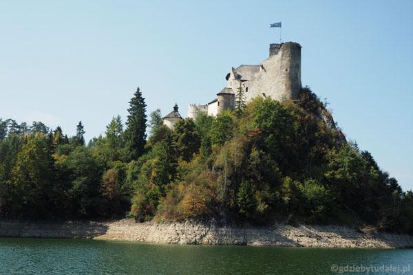 Zamek Niedzicki (XIV w.) w pełnej krasie.
