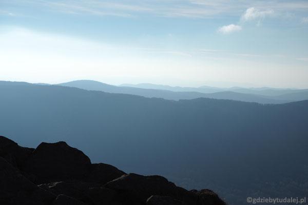 Widok na południe - majaczą słowackie szczyty.