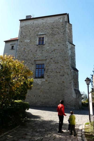 Wieża Ariańska (XVI w.) w Wojciechowie