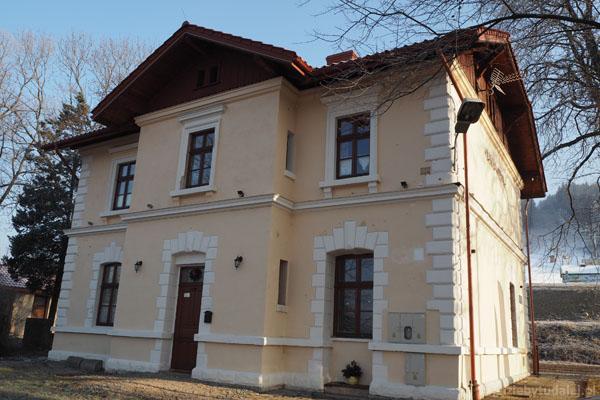 Mieszkamy w XIX-wiecznym budynku dworca