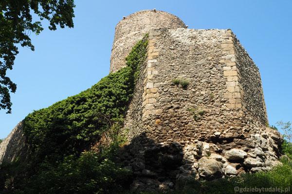 Zamek książęcy we Wleniu. Do naszych czasów zachowała się XIII-wieczna wieża.