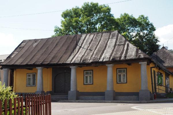 Jeden z niewielu zachowanych domów podcieniowych.