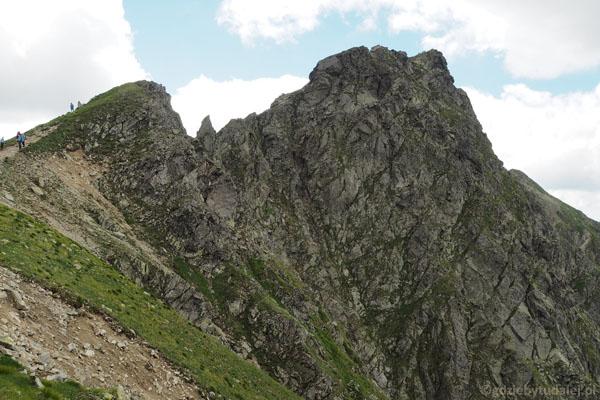 Banówka (2178 m) z charakterystyczną igłą.