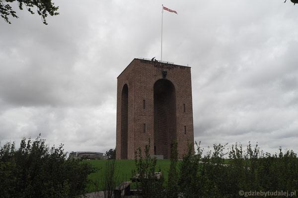 Wieża widokowa na szczycie Ejer Bavnehøj