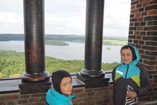 Widoki z tej wieży nie jest może tak rozległy jak z Ejer Bavnehøj.