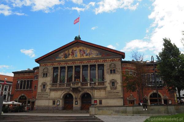 Aarhus Teater mam już ponad 100 lat.