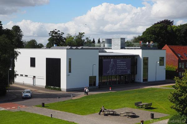 Nowoczesne muzeum w Jelling - zupełnie darmowe!