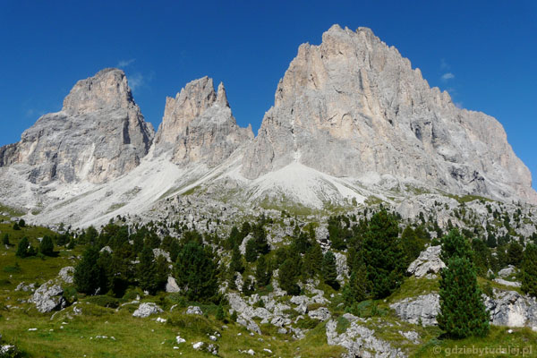 Sassolungo to najmniejsza samodzielna grupa Dolomitów