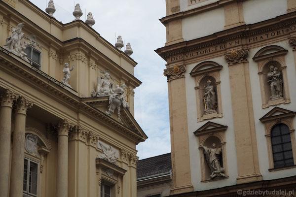Walka na zdobienia - kościół jezuitów vs. Austriacka Akademia Nauk.