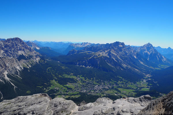 Cortina spod szczytu Tofany di Dentro.