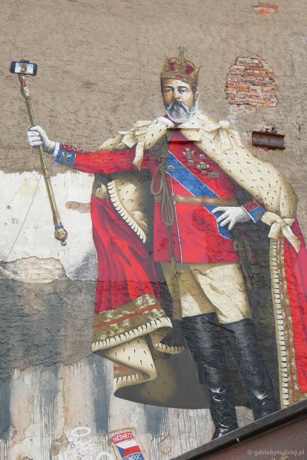 Ołomuniecki mural, warto się przyjrzeć... Selfie ma jednak długą tradycję