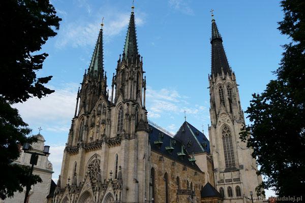 Katedra św. Wacława, pocz. XII w., przeb. ostatnio w XIX w.