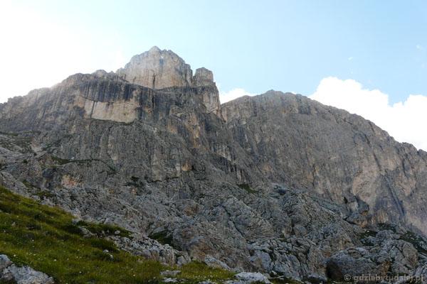 Wschodnia ściana Roda di Vaél oraz Torre Finestra.