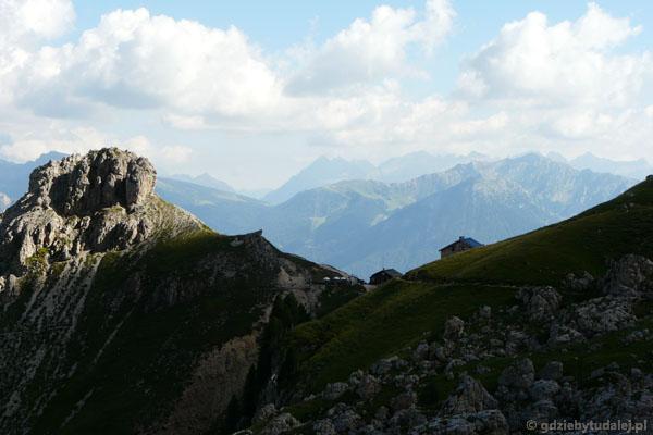 Rifugiu Roda di Vaél i Col de Ciampac.