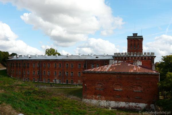 Widok na Wieżę Tatarską od zachodu