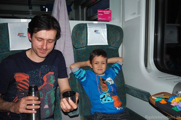 Z Warszawy do Krakowa jedziemy pociągiem