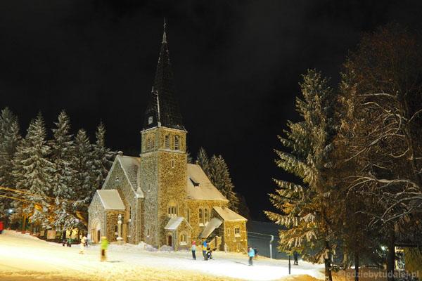 Kościółek św. Anny w ZIeleńcu ma już ponad 100 lat i jest najwyżej połóżoną świątynią w Sudetach